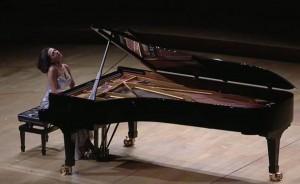 Khatia Buniatishvili interprète Ravel et Moussorgski_001