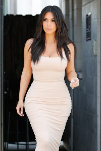 kim-kardashian-que-vaut-son-regime-post-grossesse