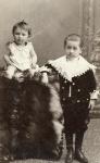 1900 Henriette & Lucien HENRIOT.jpg